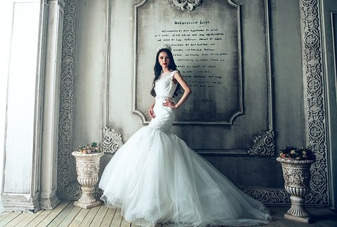 wedding-dresses-1485984__340