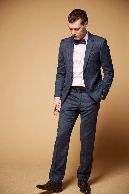suit-4271440_640