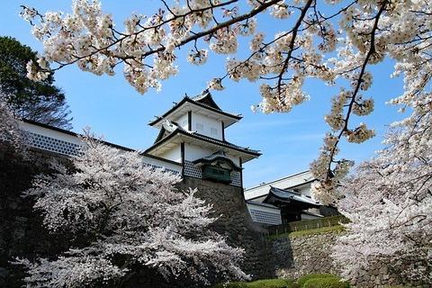 kanazawa-castle-5194913_640