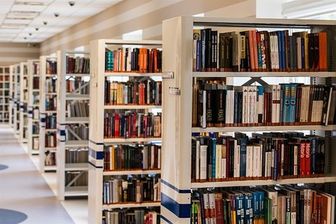 library-488690__340