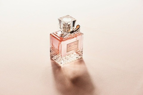 perfume-2574073_640