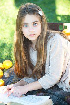 little-girl-3070209__340