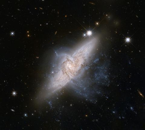galaxies-601015_1280