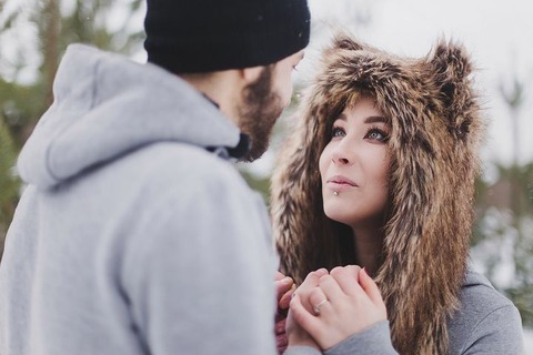 彼氏いるのに他の男と2人で遊ぶ女お前らどう思う?