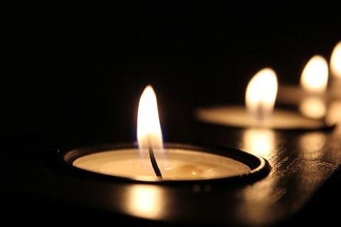 candle-2181896_640