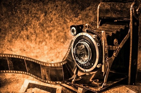 camera-219958_640