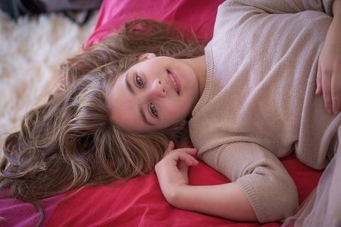 little-girl-3070206__480