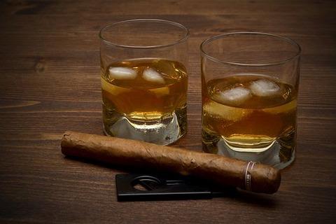 whisky-3313592__340