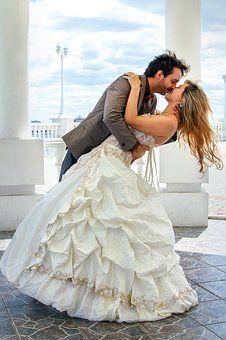 wedding-2859814__340