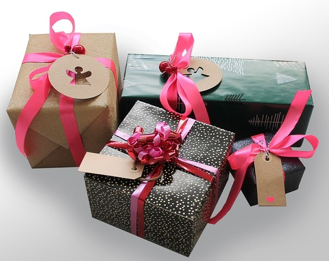gifts-1933753_1280