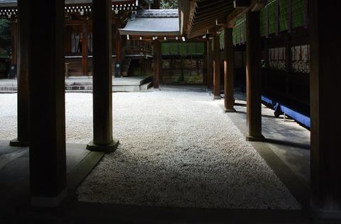 AKOUROUSHI_OHISHIJINJA_YAMASHINA-2