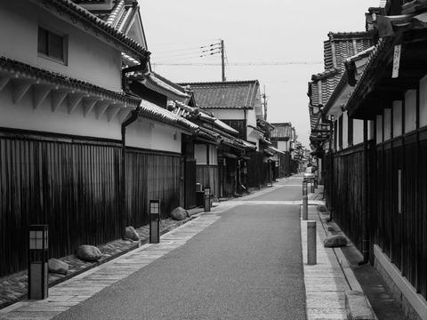 TONDABAYASHI-10