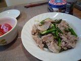 豚バラとアスパラのしょうが炒め