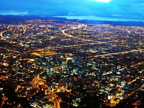 ボゴタ 夜景