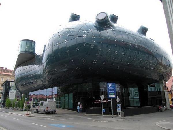 世界の変わった建物34