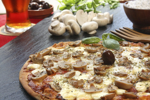 マッシュルームのピザが美味しそう