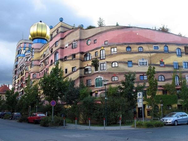 世界の変わった建物35