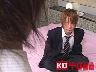 【ゲイ動画gaypornKO】一重の切れ目が可愛い学生さんの淫乱セックス映像!! 大人気シリーズ『猥褻カメラ』第5弾!! Part 3 タカマサ〜ブレザー編〜