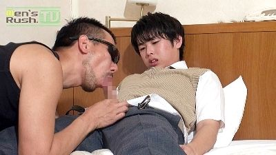 平成9年生!優等生っぽい18歳の少年をゴーグルマンの生マラが貫く☆