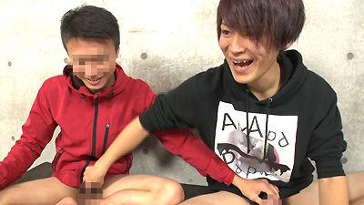 【ゲイ動画gayporn】友達のチンコ見てフェラする最近の若者! 初めて見る親友のチンコ♂高校時代からのリア友とオナニー&しゃぶり合い