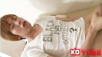 【ゲイ動画gaypornKO】鬼畜!真性包茎の色白男子を医者が犯し陵辱!! 包茎手術のカウンセリングに来た真世を医師と助手が襲う!!