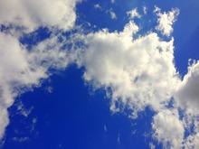 英雄広場の雲