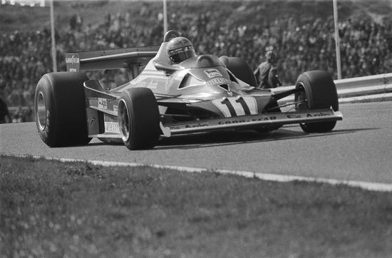 1920px-Lauda_at_1977_Dutch_Grand_Prix