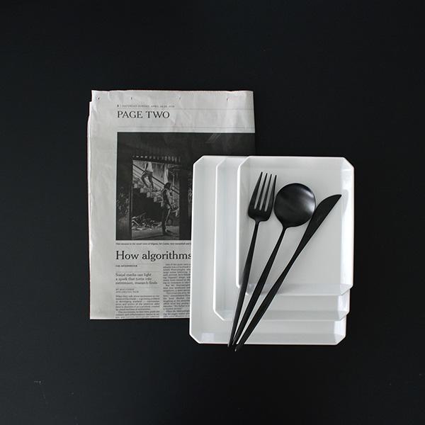 【楽天お買い物マラソンで買ったもの】究極のシンプル 洗練されたデザインが魅力、arita japanの白い食器