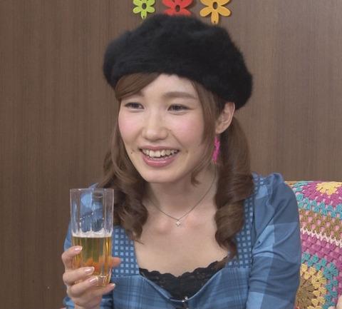 内田彩-9