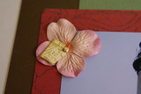 AT-tem-w-flower