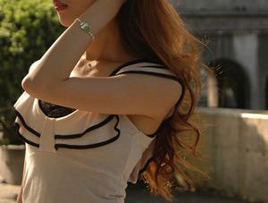 秋冬ブレスレット装着コーディネイト