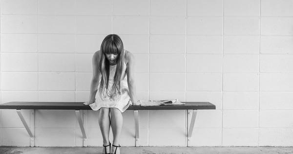 worried-girl-413690_1280-1200x630