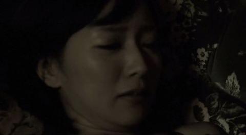 階戸瑠李 映画「ハダカの美奈子」でセックスシーン