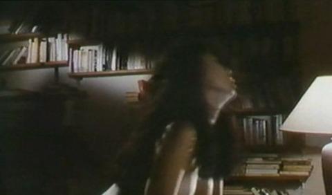 濡れ場 - 芸能人のヌード : 松尾嘉代 騎乗位セックスシーン