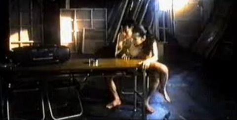 鈴木砂羽 「愛の新世界」で背面座位セックスシーン