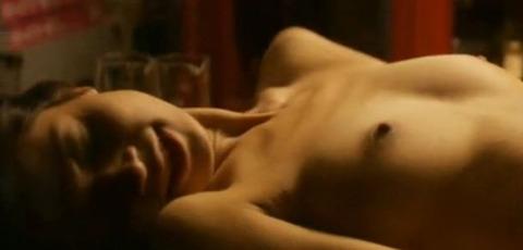 月船さらら 映画「世界で一番美しい夜」で対面座位セックスシーン