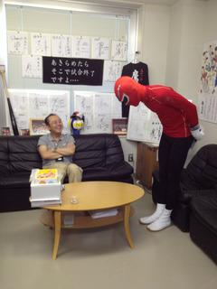 林先生に礼の写真 1 (1)
