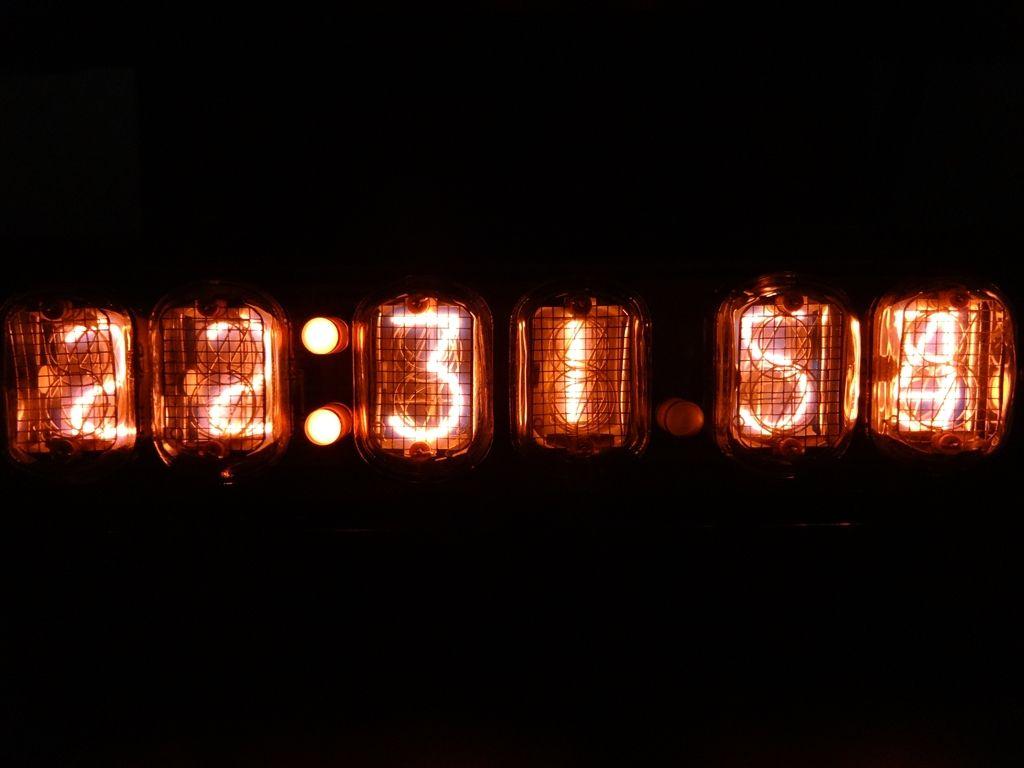 眠れない日に見る時計 眠れない日に見る時計