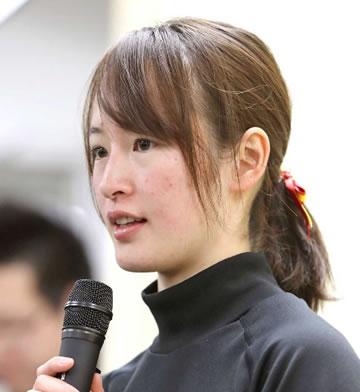 藤田菜七子 勝率.045 連対率.109 複勝率.143
