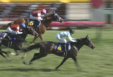 デアリングタクトは強いと思うが、今年の3歳牝馬世代のレベルが低すぎな件
