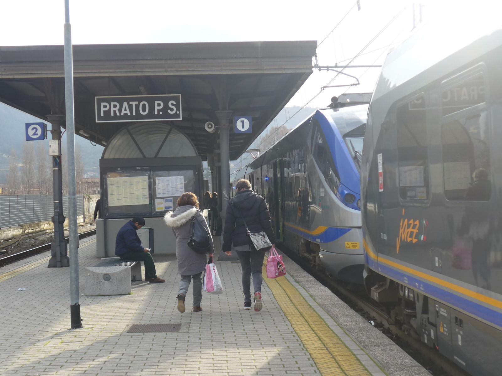 P2010378