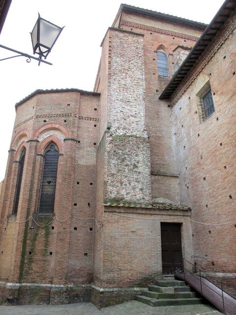 Siena,_basilica_dei_servi,_abside_01