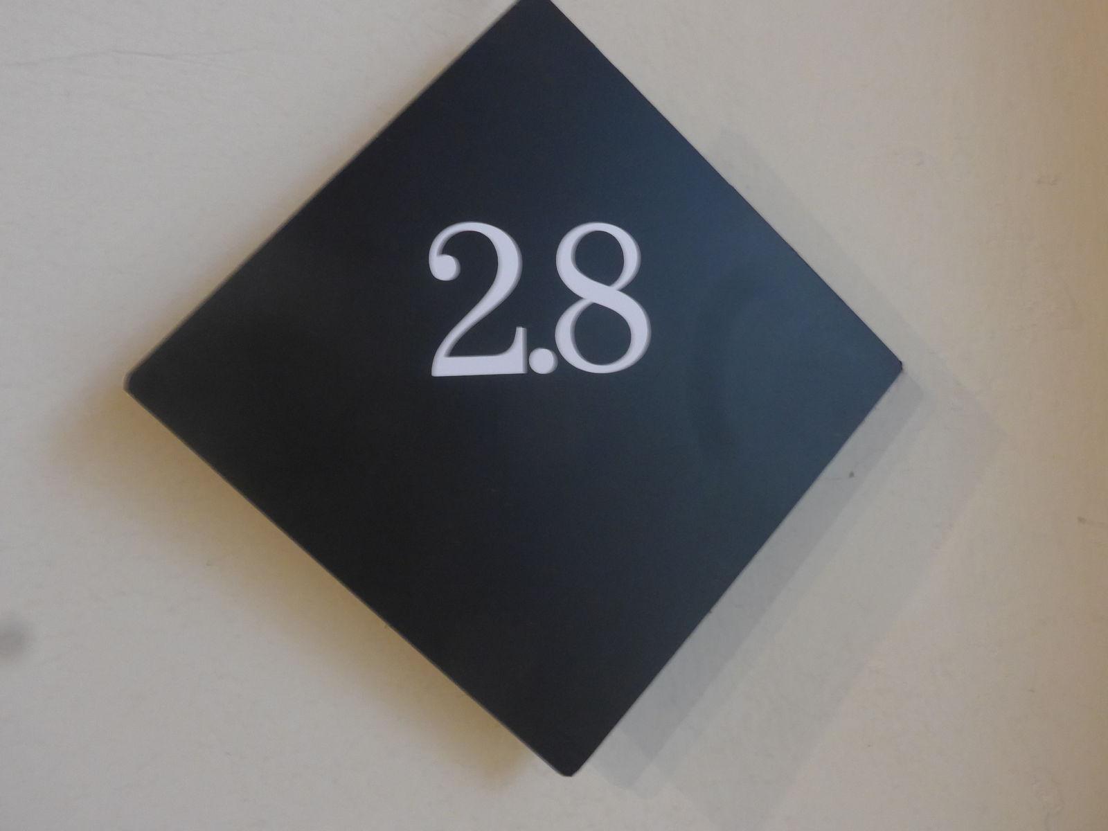 P2730518
