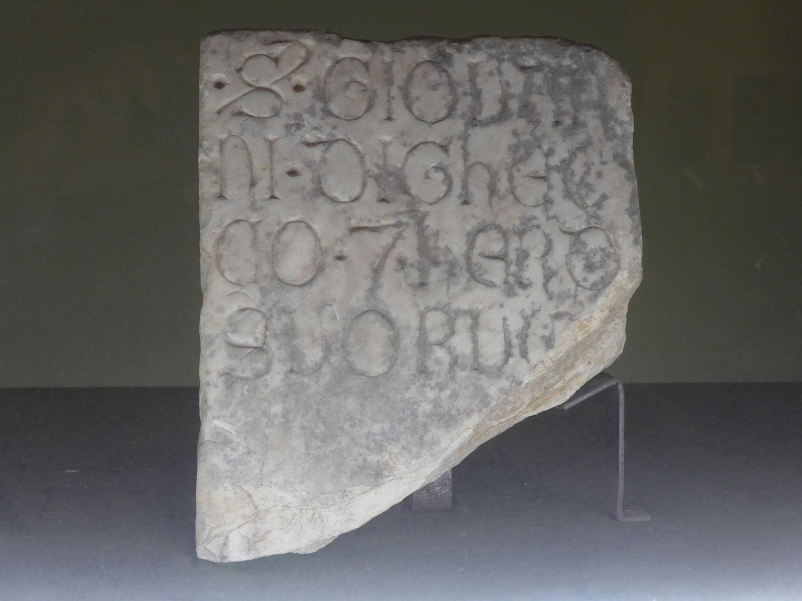 P2320196