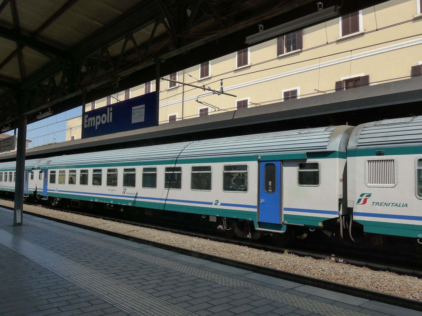 P2320009