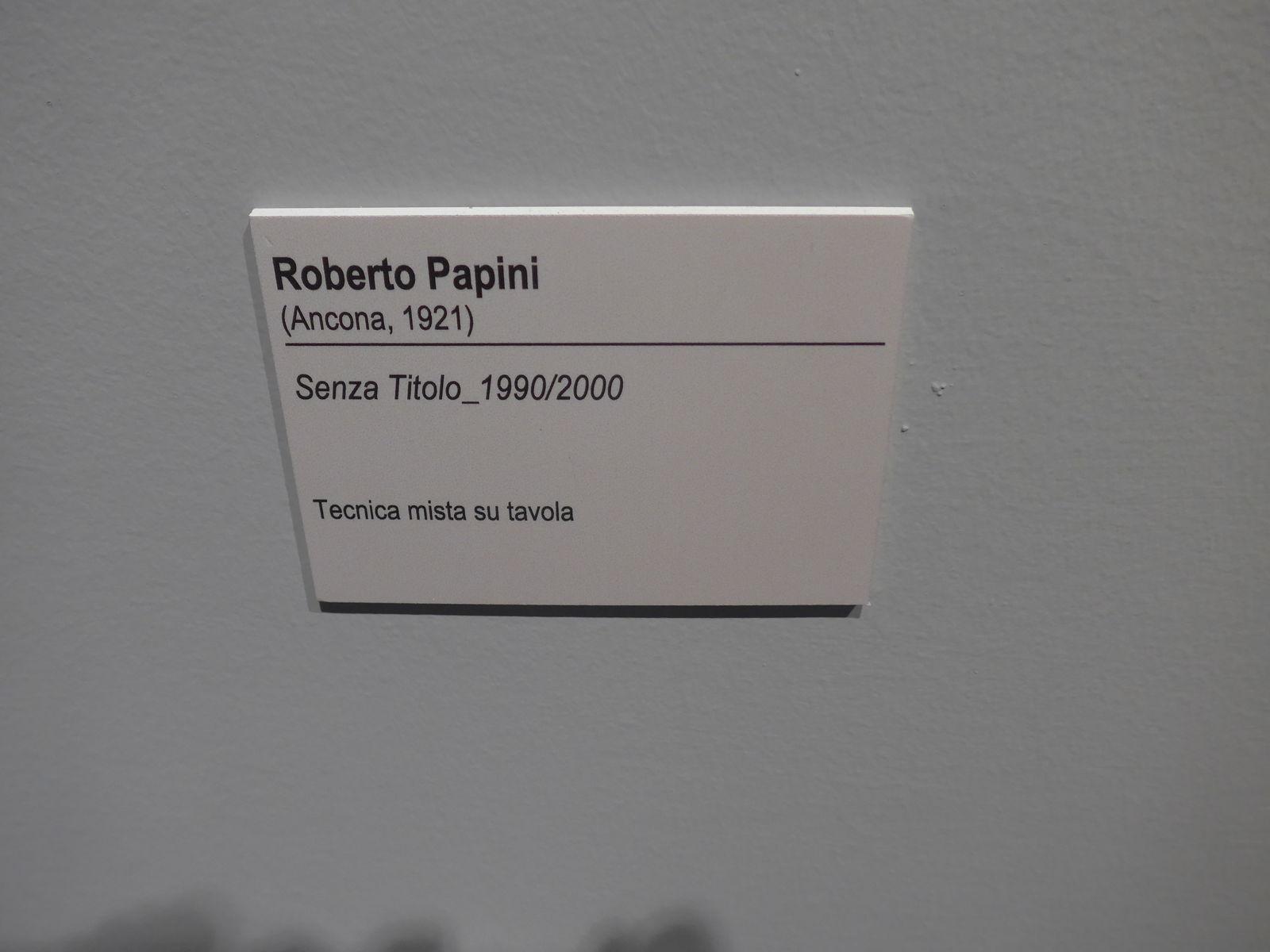 P2380437