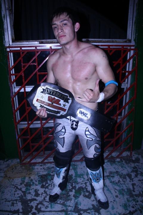 2014年03月23日 : Luchadores de...