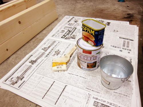 2013年03月24日(日)・・・ベンチテーブルの塗装