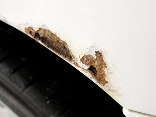2013年11月28日(木)・・・ステップワゴンの錆取り&塗装