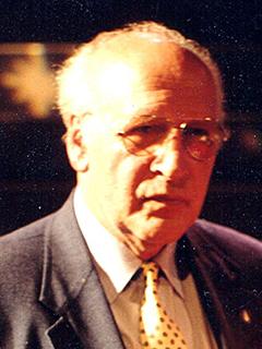 2001 Harry Lange